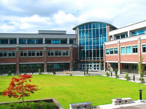 Giới thiệu về trường Douglas College, du học Canada