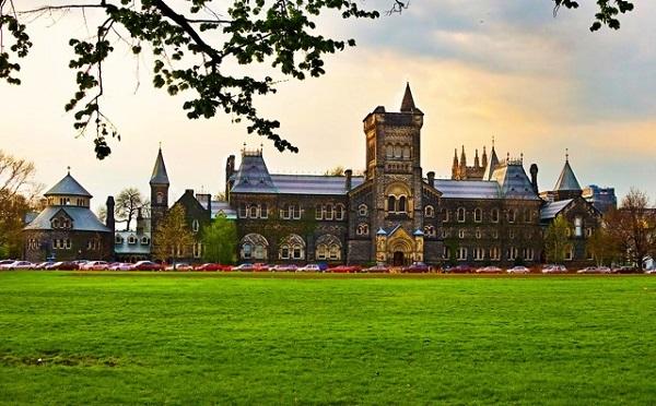 Trường đại học Toronto – University of Toronto