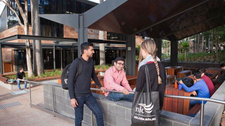 Sinh viên du học tại Newcastle